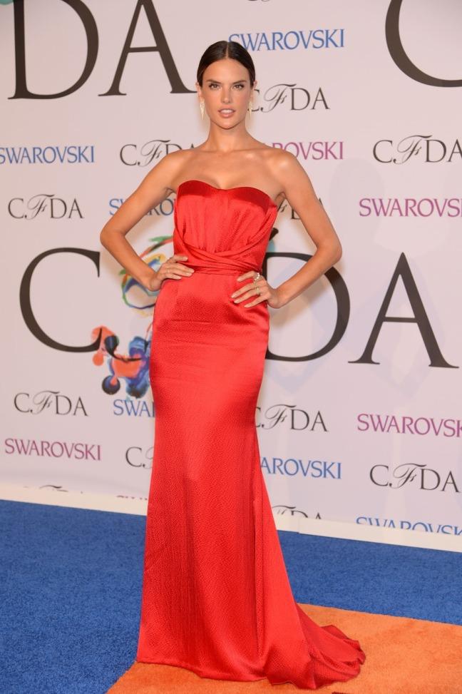 AlessandraAmbrosio_CFDA-Awards-14