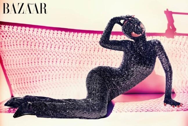 Rihanna_Bazaar_Arabia-1e