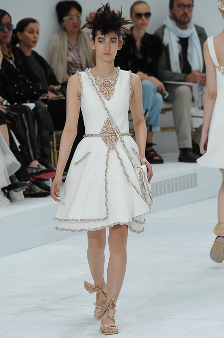 Chanel_Couture_Fall14-1h