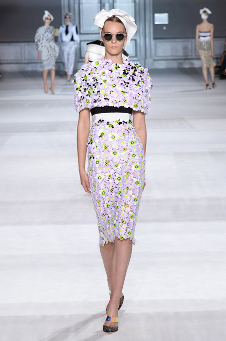 Giambattista_Valli_Couture_Fall14-1c