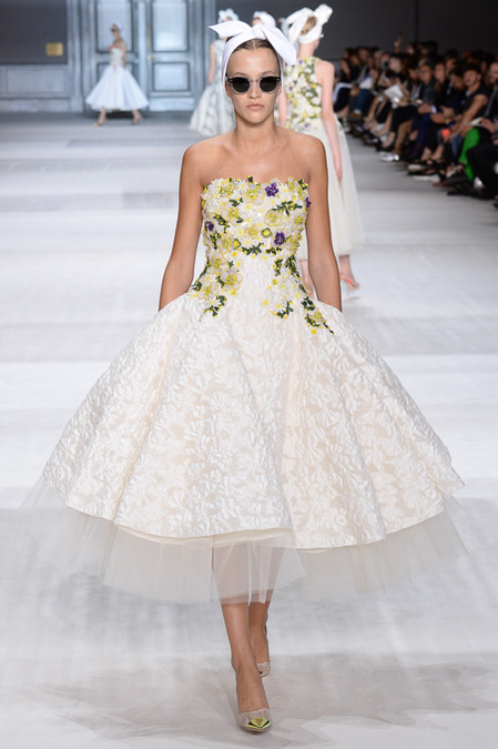 Giambattista_Valli_Couture_Fall14-1i