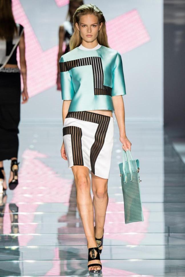 Versace_Spring15-1b