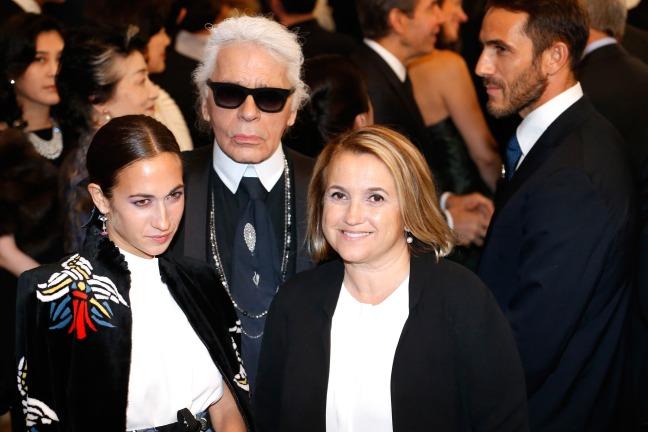 fondation-louis-vuitton-opening-paris-Delfina_Delettrez_Fendi-Karl_Lagerfeld-Silvia_Venturini_Fendi
