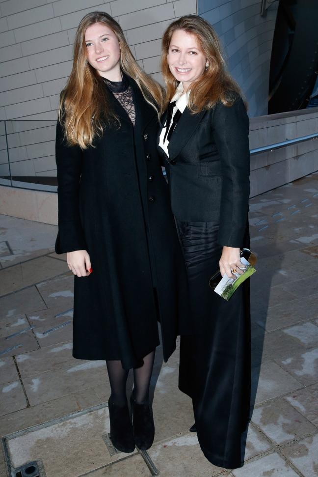 fondation-louis-vuitton-opening-paris-Lydia_Athenais-PrincessPierre_dArenberg