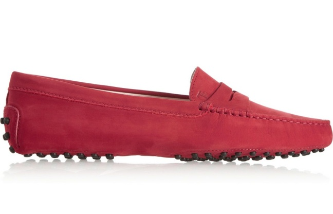 Tods_Gommino_Suede_loafer
